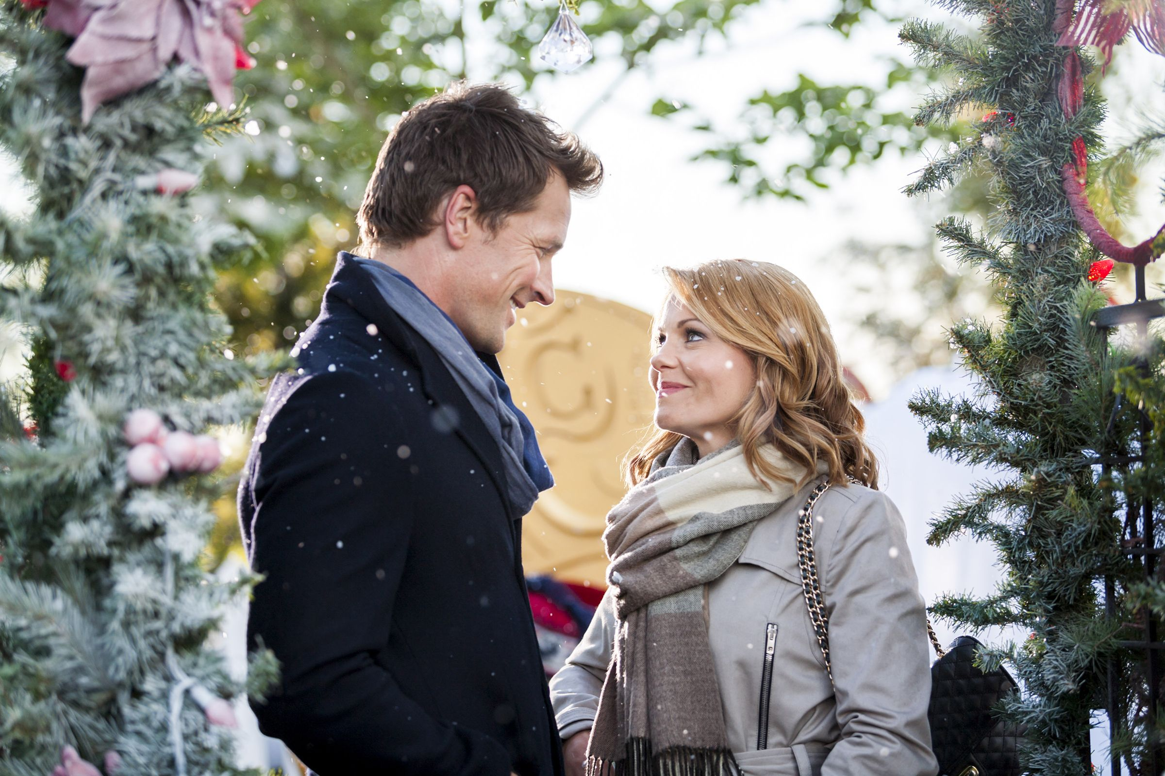 Christmas In July 2019 Images.Hallmark Christmas In July Schedule 2019 Hallmark Christmas In