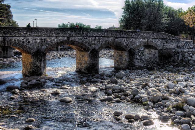puente viejo, candeleda, españa avila
