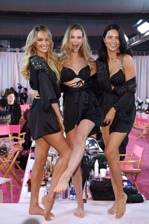 c5a2c83c68 2018 Victoria s Secret Fashion Show in New York - Hair   Makeup