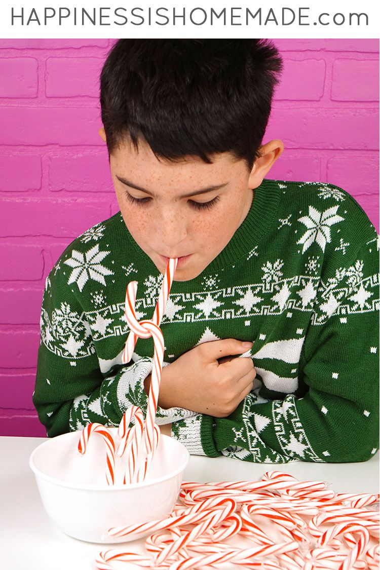 22 fun christmas games activities for kids holiday kids table ideas solutioingenieria Choice Image