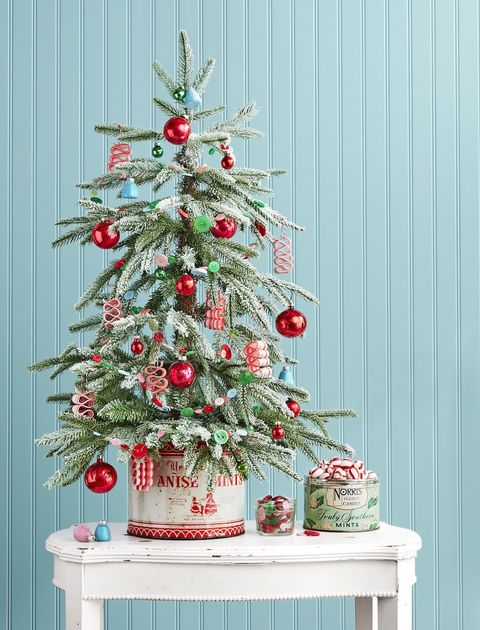 candy-christmas-tree-diy-christmas-centerpiece-ideas-country-living