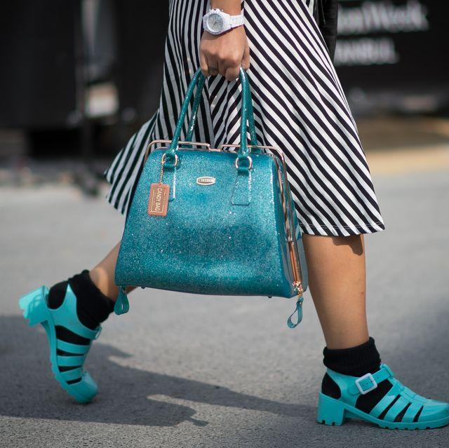 tendencias zapatos años 90 cangrejeras