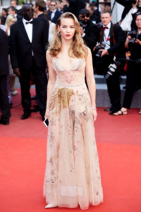 Dos Celebridades Usan El Mismo Vestido En Cannes! ¿Cómo Sucedió ...