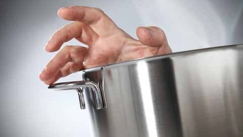 hand in pan
