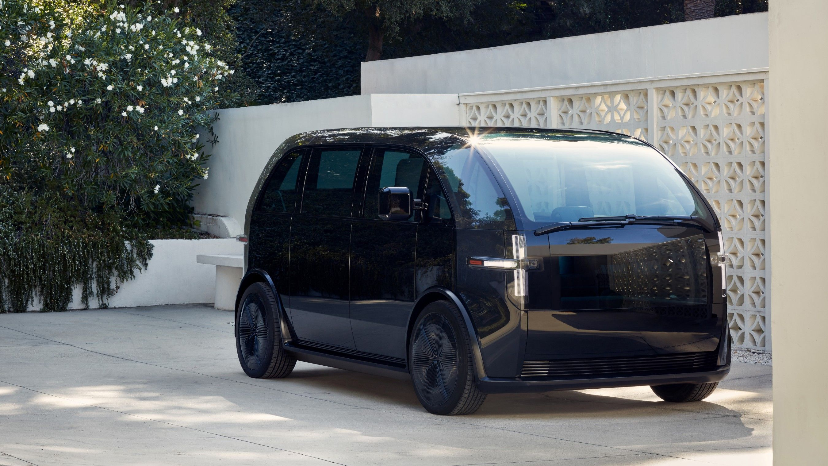 Canoo Is a Microbus-Style Electric Vehicle You Can Subscribe to