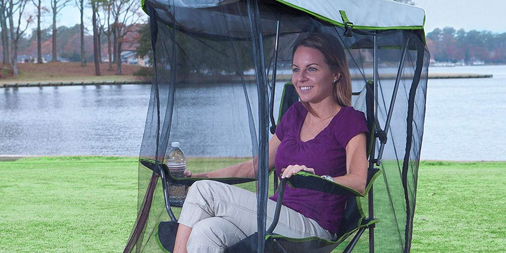 Enjoy the Outdoors Without Being Attacked By Mosquitos, Thanks to This Canopy Chair With Netting