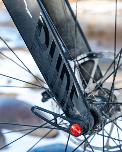 Bicycle wheel, Bicycle tire, Bicycle, Bicycle part, Spoke, Tire, Wheel, Rim, Bicycle drivetrain part, Vehicle,