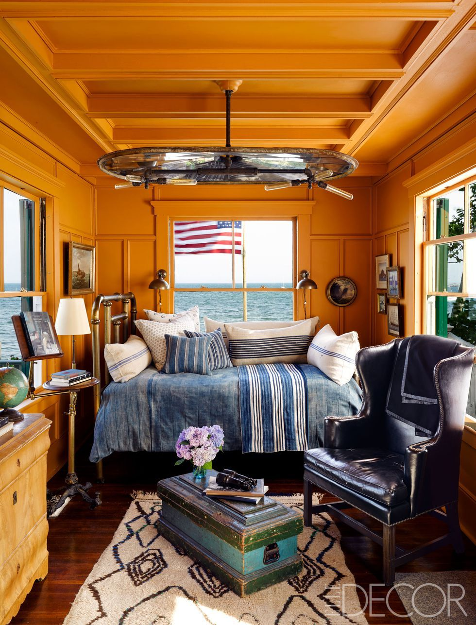 Image of: 15 Best Orange Paint Colors For Your Home Orange Room Decor Ideas