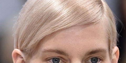 Face, Hair, Eyebrow, Forehead, Hairstyle, Blond, Nose, Chin, Head, Cheek,