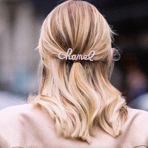rimedi per capelli gonfi