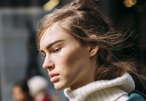 Hair, Face, Hairstyle, Beauty, Head, Nose, Chin, Eyebrow, Cheek, Lip,