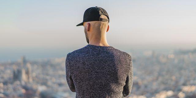 cappello tessuto tecnico