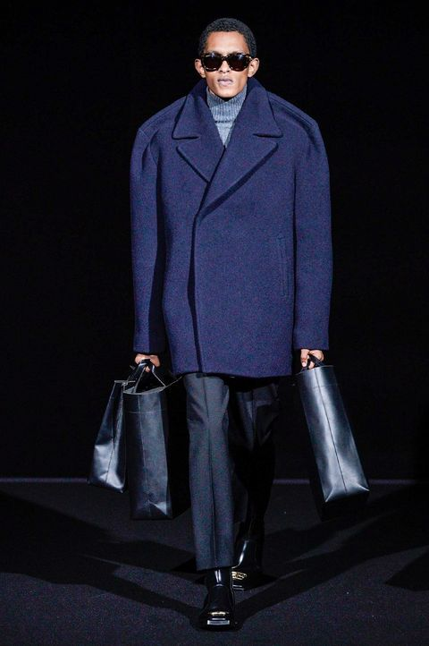 Fashion, Clothing, Fashion show, Fashion model, Outerwear, Suit, Electric blue, Coat, Runway, Eyewear,
