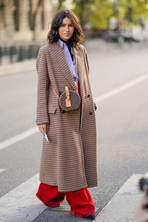 Clothing, Street fashion, Photograph, Fashion, Outerwear, Footwear, Snapshot, Brown, Fashion model, Sweater,