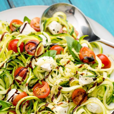 best zoodle recipes: caprese zoodles