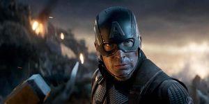 Captain America holding Mjolnir/Thor's hammer, Avengers: Endgame