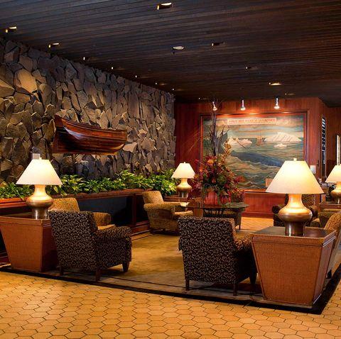 The Hotel Captain Cook Lobby