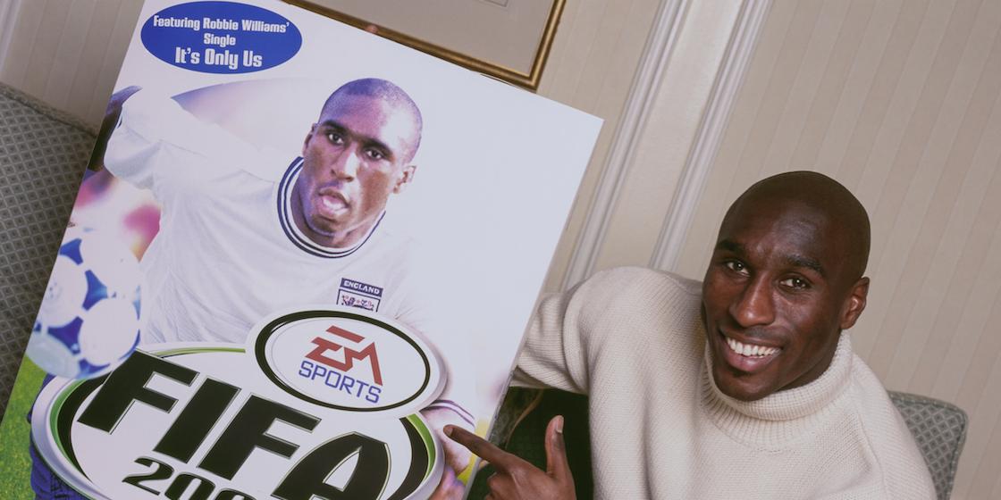 los mejores juegos de fútbol - Sol Campbell FIFA 2000