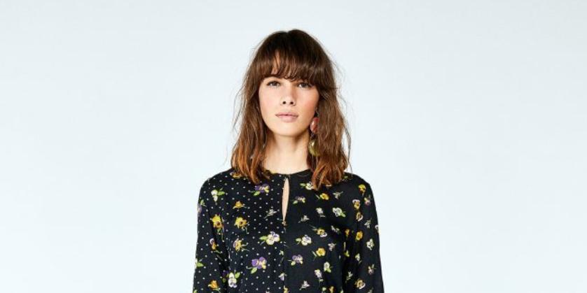 Este vestido floral vale sólo 10 € en las segundas rebajas de Sfera
