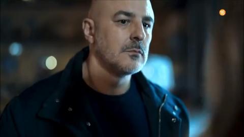 Roberto Álamo en la serie 'Caronte'