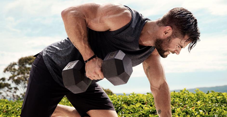 Chris Hemsworth te anima a probar su circuito quemagrasas: 6 series de estos ejercicios