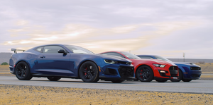 Mustang Shelby GT500, Chevrolet Camaro ZL1 y Dodge Challenger Redeye Drag Race