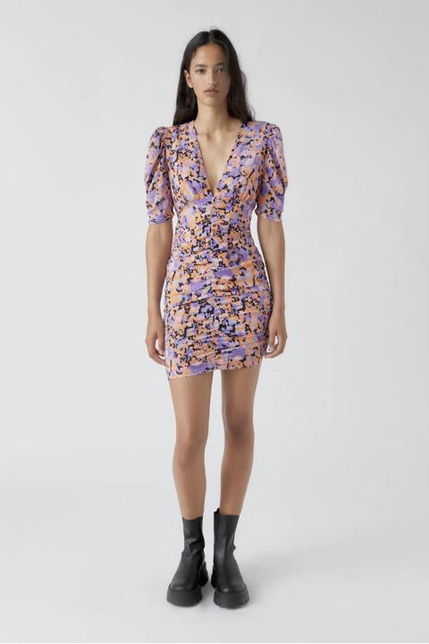 los cinco vestidos de pullbear que te van a ayudar a superar el final del verano