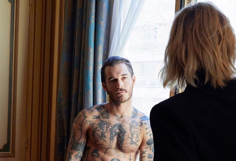 Hair, Tattoo, Human, Shoulder, Blond, Room, Vacation, Photography, Conversation,