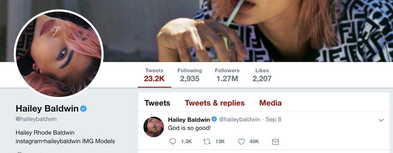 Akun Twitter Hailey Baldwin