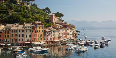 Body of water, Water, Harbor, Marina, Town, Sea, Sky, Coast, Tourism, Boat,