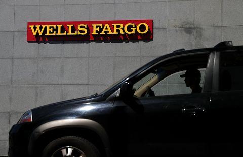 wells fargo beats quarterly earnings expectations
