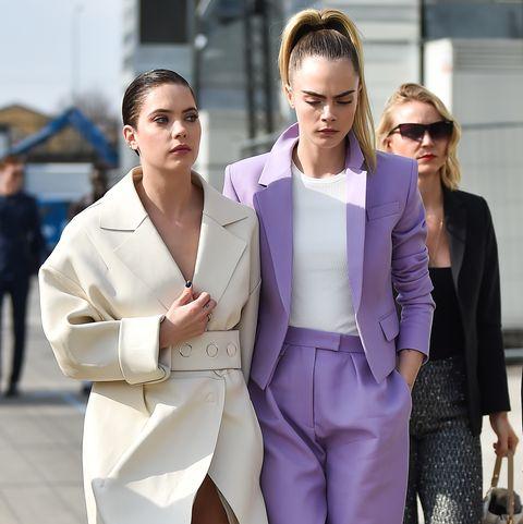 Cara Delevingne And Ashley Benson Show Pda At Boss S Milan Fashion Week Show