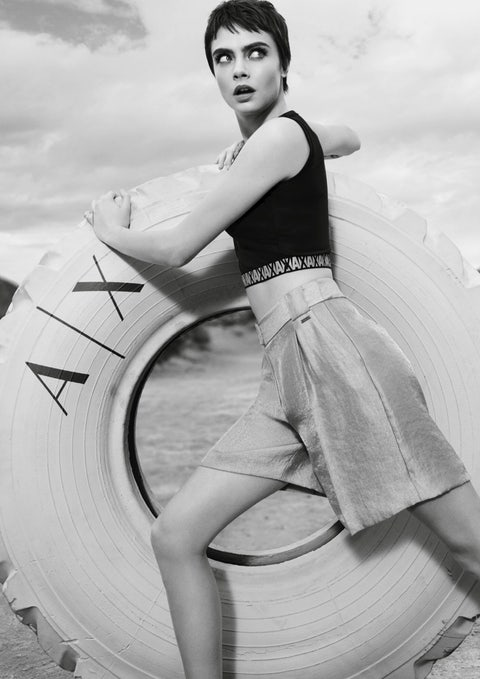 White, Photograph, Black-and-white, Retro style, Beauty, Photo shoot, Leg, Monochrome photography, Dress, Photography,