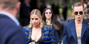 Cara Delevingne, Ashley Benson,Parijs FashionWeek
