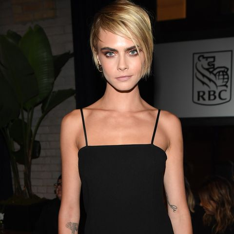 46e0209bdb5 Cara Delevingne Opens Up About Sex Life, Losing Her Virginity, and ...