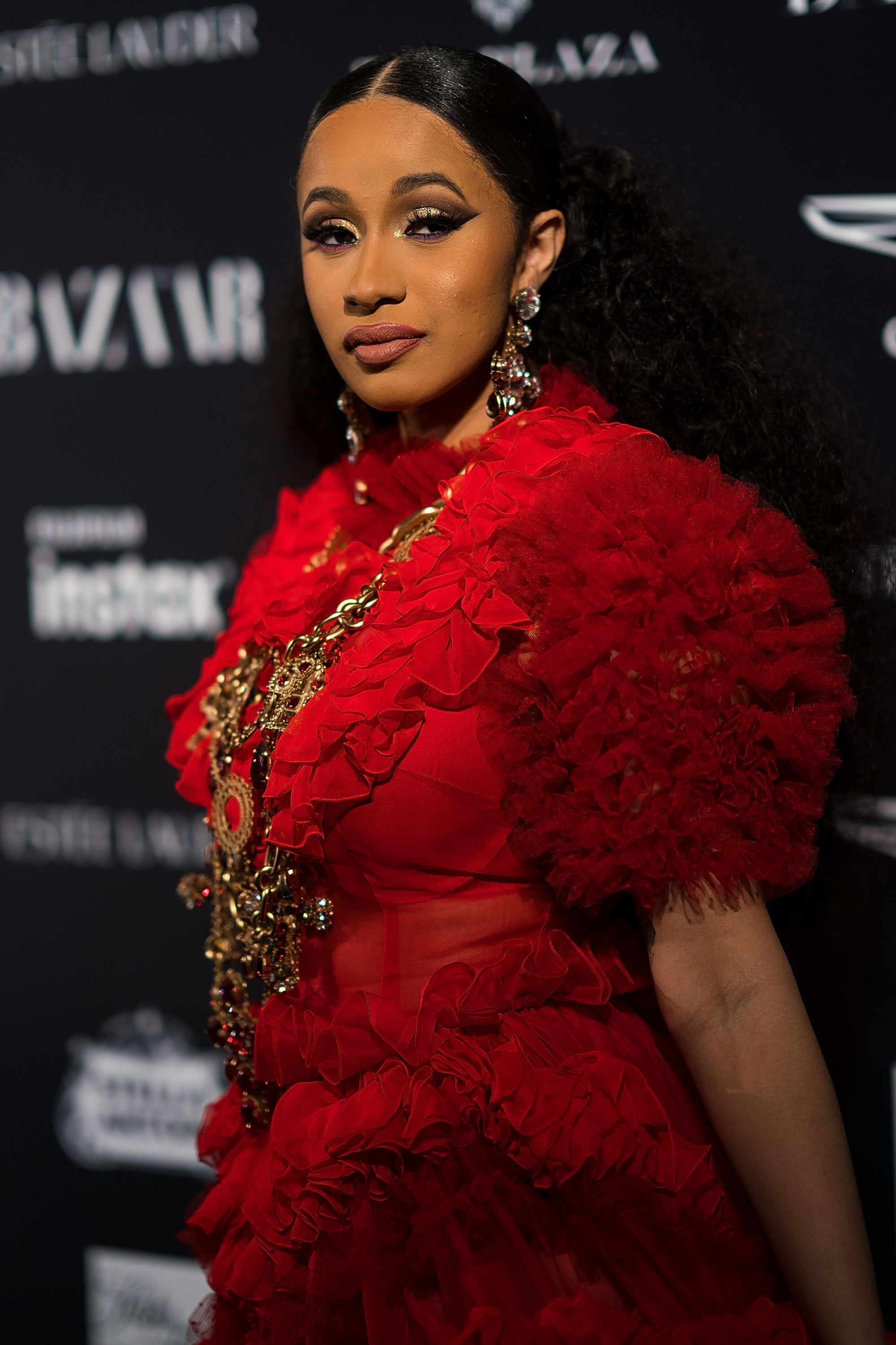 d12712efc7f24 cardi-b-attends-harpers-bazaar-icons-at-the-plaza-hotel -on-news-photo-1028997534-1537185737.jpg