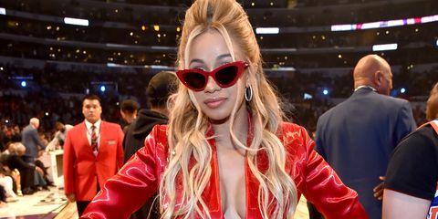Eyewear, Sunglasses, Red, Blond, Lip, Fashion, Glasses, Vision care, Fan, Long hair,