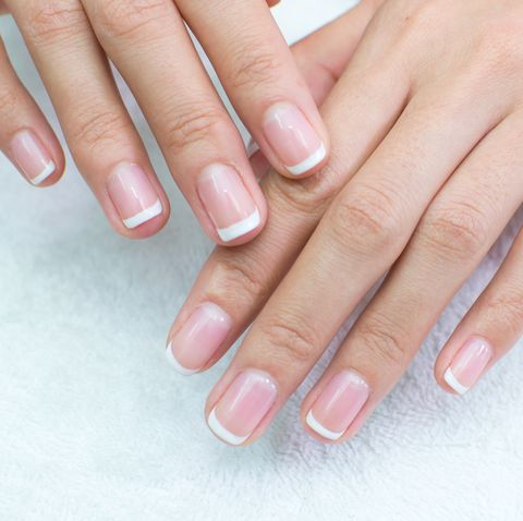 戒掉傷指甲的5個壞習慣!甲床保養好手指看起來更修長 甲面看出健康狀況