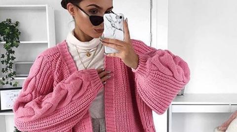 Eyewear, Pink, Sweater, Clothing, Cool, Outerwear, Neck, Nose, Cardigan, Shoulder,
