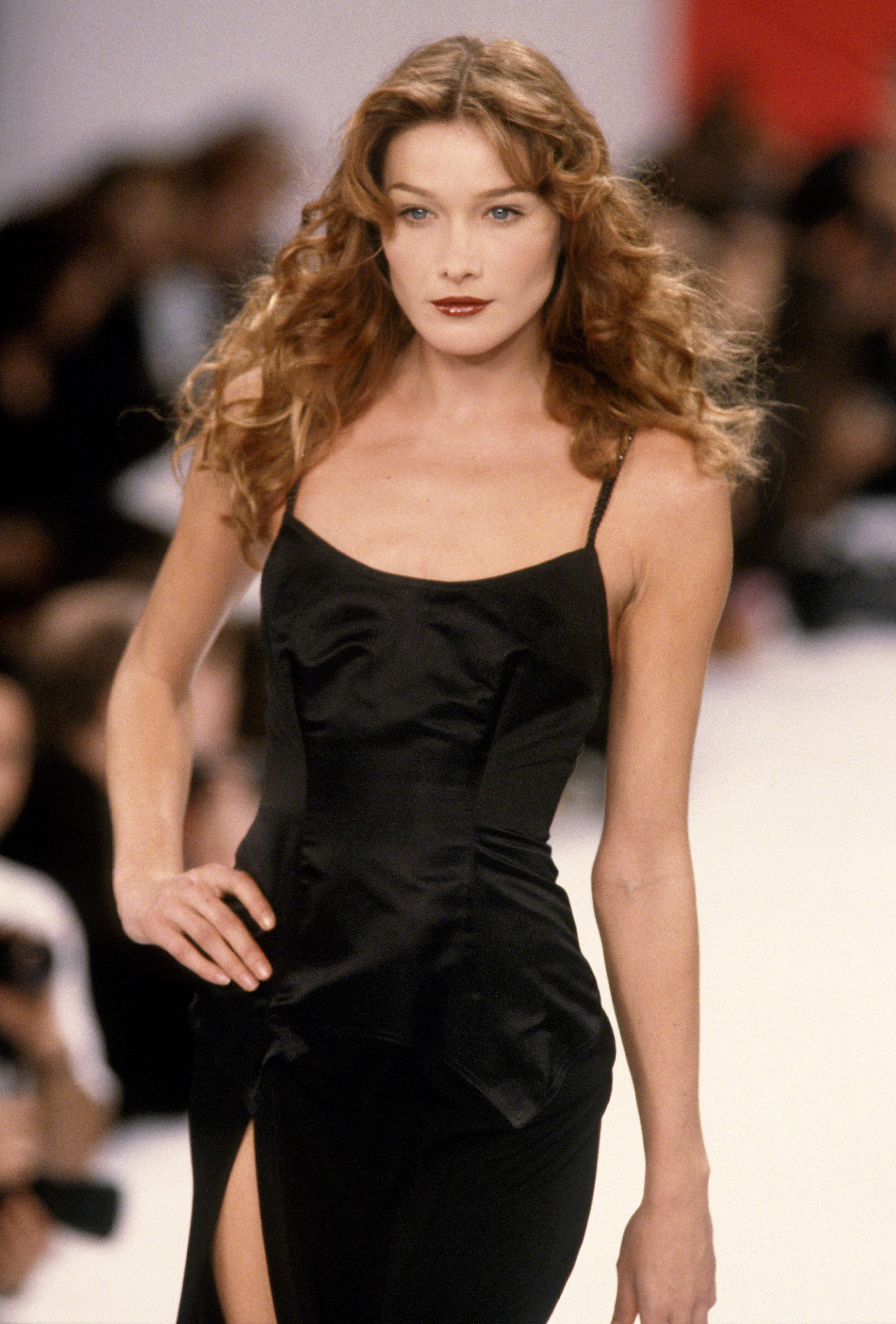 Supermodels Of The 1990s Famous 90s Models Who Ruled The Runways