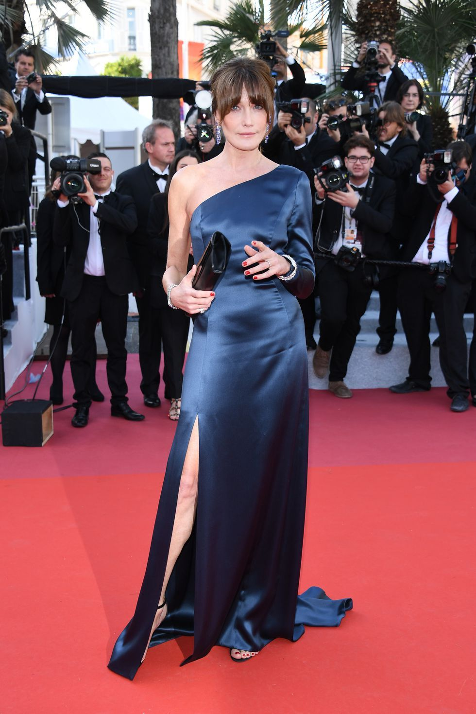 Carla Bruni At the premiere of Les Misérables on May 15, 2019.