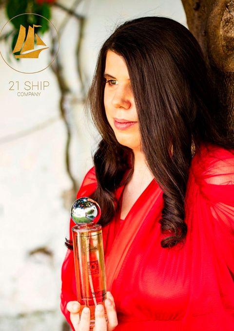 carla vigo, sobrina de la reina letizia, tiene su propio perfume, 'carla intense'
