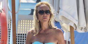 Carmen Lomana en bikini