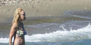 Carmen Lomana en el mar