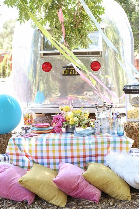 Pink, Furniture, Table, Party, Room, Picnic, Design, Summer, Recreation, Event,