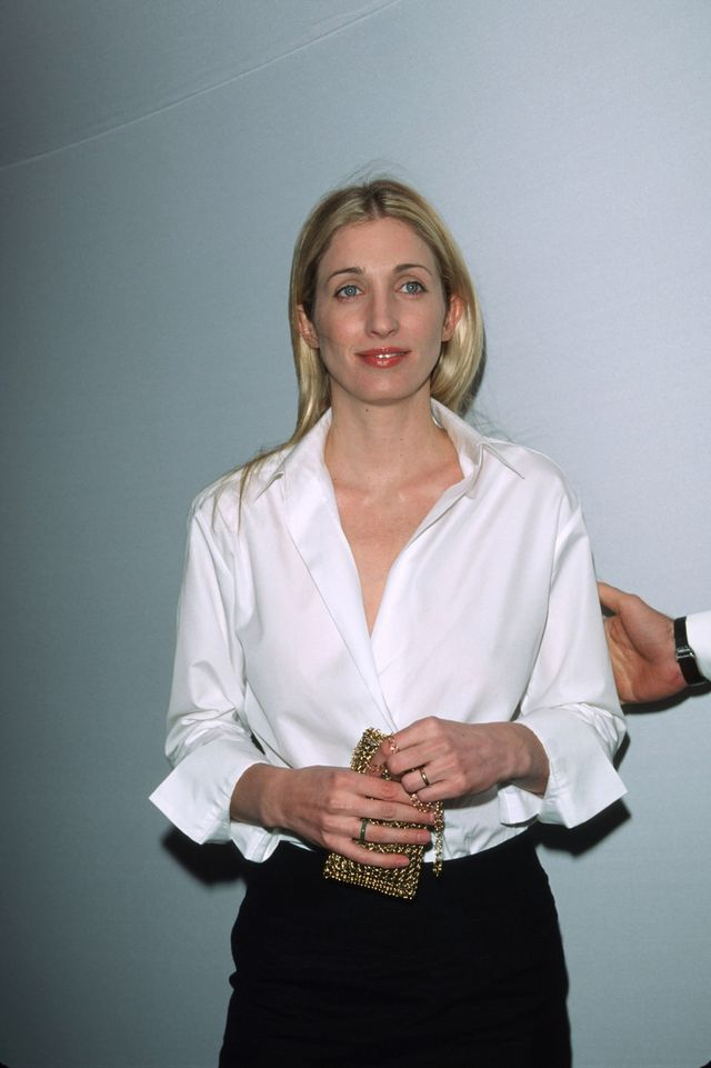 new york   march 9  file photo  carolyn bessette kennedy poses for a picture at the annual fundraising gala  at the whitney museum of american art march 9, 1999 in new york city four years ago on july 16, 1999, john f kennedy jr, his wife bessette kennedy and her sister, lauren bessette, died in a plane crash off the coast of martha's vineyard  photo by evan agostinigetty images