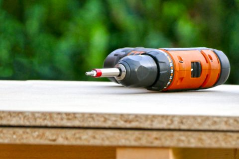 How to Jumpstart a Battery | Jumpstart a Power Tool