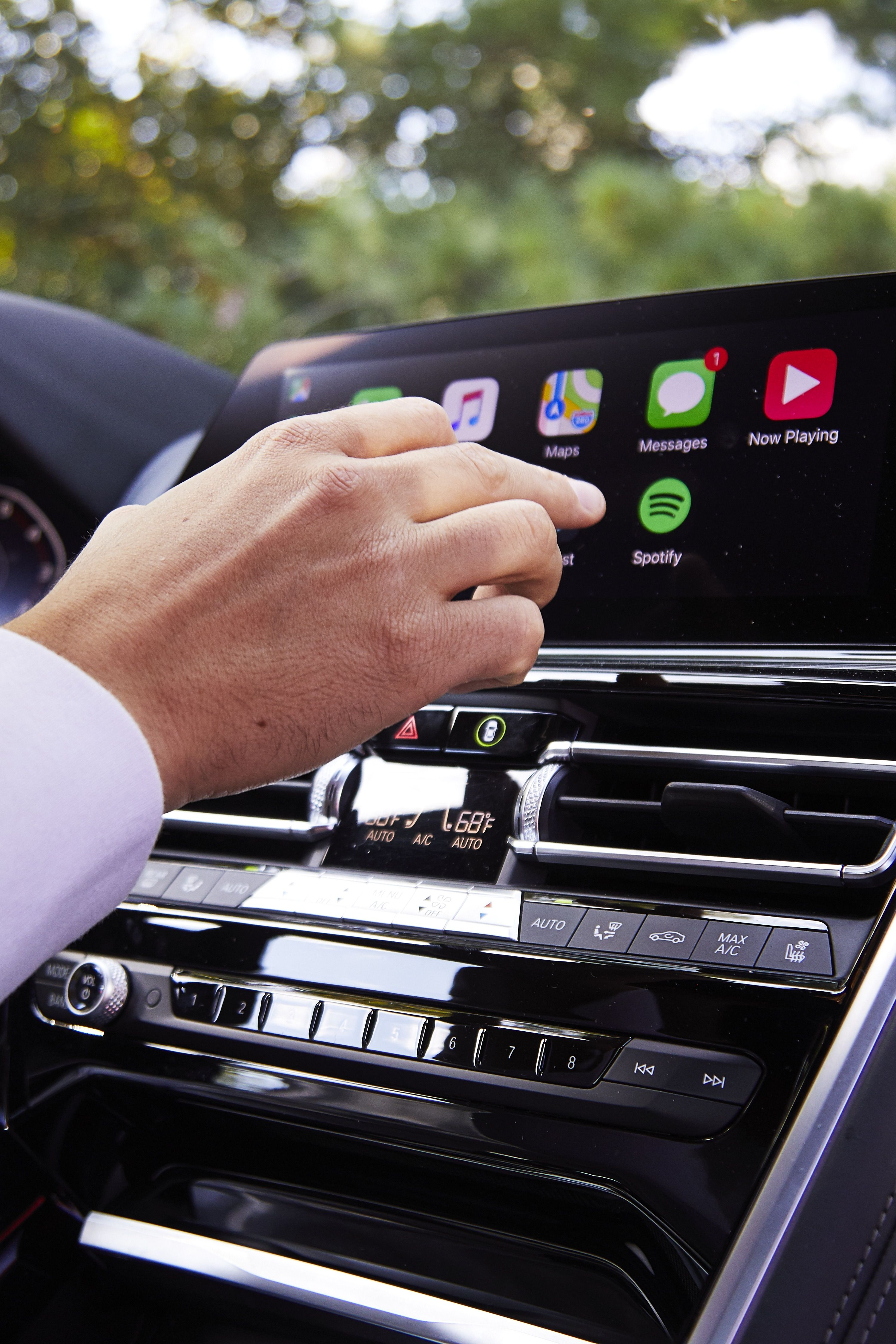 Why It's a Good Idea To Make Your Car More Like Your Phone