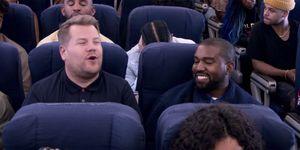James Corden enKanye West zitten in een vliegtuig voor het programma Carpool Karaoke.