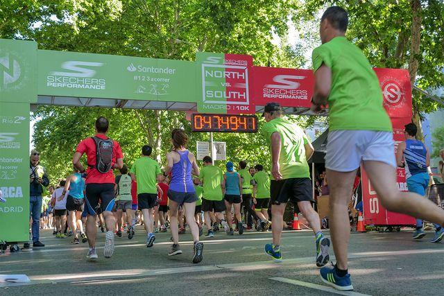 corredores durante la carrera norte vs sur de madrid 2019